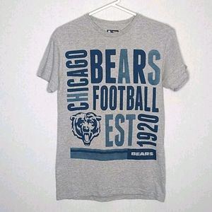 NFL Chicago bears football t-shirt size Small